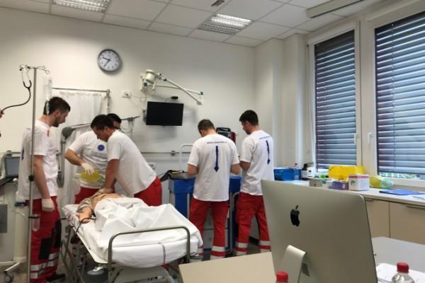 U Ljubljani održano natjecanje medicinskih timova u izvedbi postupaka oživljavanja