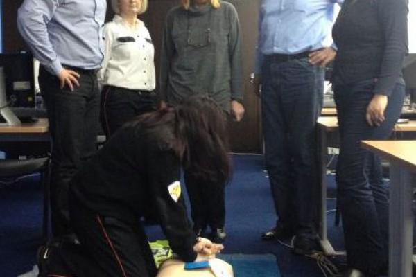 Pokreni srce-spasi život: djelatnici Ministarstva pomorstva, prometa i infrastrukture i Ministarstva turizma prošli edukaciju