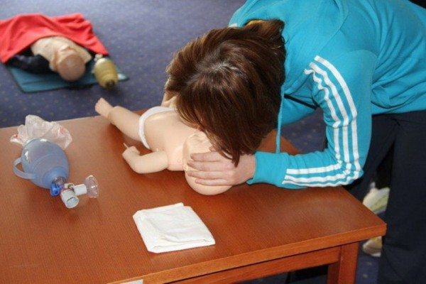 Djelatnici izvanbolničke hitne medicinske službe u Zadru na edukaciji