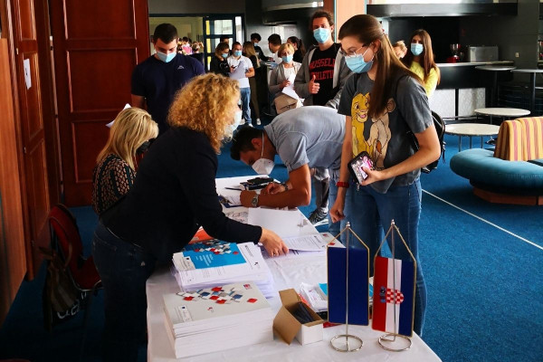 Vježbom edukacijskog programa EP4 započeo novi ciklus edukacija u sklopu projekta Kontinuirano stručno osposobljavanje radnika u djelatnosti hitne medicine