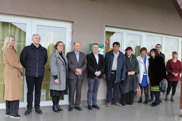 AVD uređaj doniran romskom naselju Kuršanec