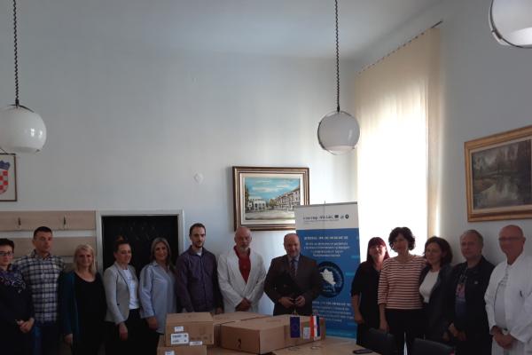Opremu u sklopu projekta NeurNet dobile bolnice u Slavonskom Brodu i Vukovaru
